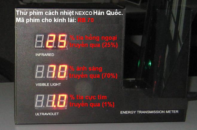 RB 70 sua1 Những hiện tượng lóa của phim cách nhiệt cho kính lái ô tô vào buổi tối